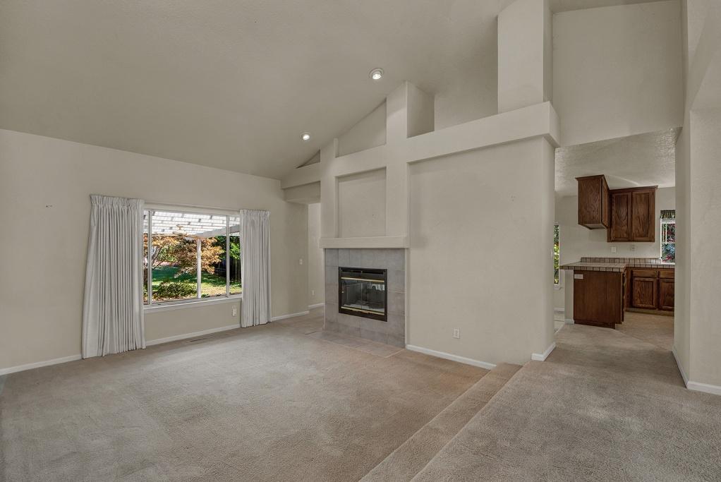 9446 Victoria Lane, 3 Bedrooms Bedrooms, ,3 BathroomsBathrooms,Home,Sold,9446 Victoria Lane,1027
