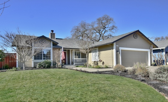 6141 Amie Drive, 3 Bedrooms Bedrooms, ,2 BathroomsBathrooms,Home,Available,6141 Amie Drive,1029