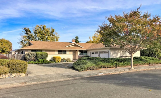 2636 Creekside Rd, Santa Rosa, 4 Bedrooms Bedrooms, ,2 BathroomsBathrooms,Home,Available,2636 Creekside Rd, Santa Rosa,1030