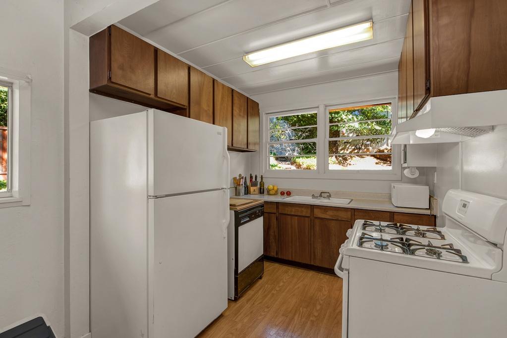 4777 Montecito Ave, Santa Rosa CA, 4 Bedrooms Bedrooms, ,3 BathroomsBathrooms,Home,Sold,4777 Montecito Ave, Santa Rosa CA,1032