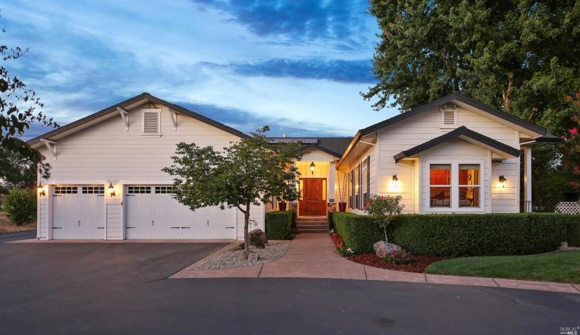 11160 Old Redwood Highway, Windsor, CA, 4 Bedrooms Bedrooms, ,3.5 BathroomsBathrooms,Home,Sold,11160 Old Redwood Highway, Windsor, CA,1005