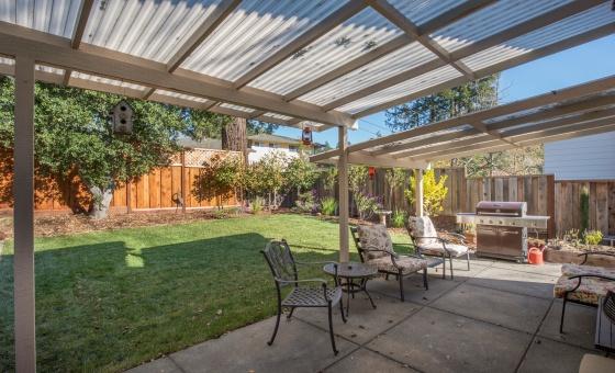 2220 Hillside Drive, Santa Rosa, CA 95404, 4 Bedrooms Bedrooms, ,2 BathroomsBathrooms,Home,Sold,2220 Hillside Drive, Santa Rosa, CA 95404,1010