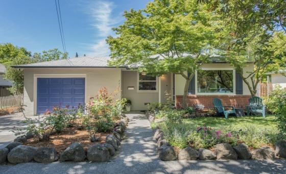 721 Brentwood Drive in Northeast Santa Rosa, 3 Bedrooms Bedrooms, ,1 BathroomBathrooms,Home,Sold,721 Brentwood Drive in Northeast Santa Rosa,1016
